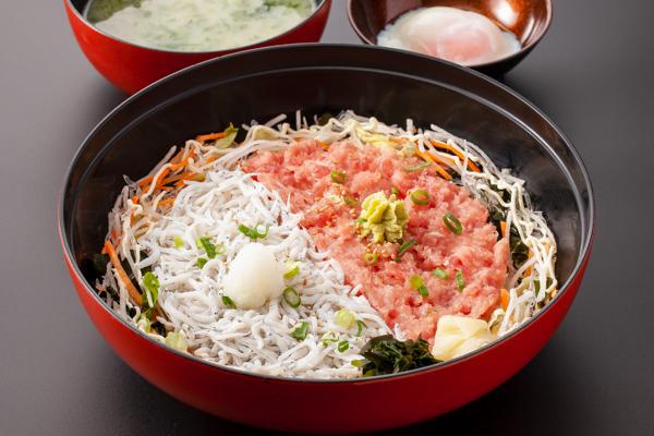 2色丼(しらす・ネギトロ)